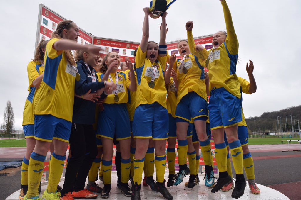 Barry Town United lift the U16 Girls Cup