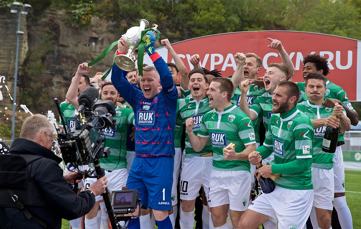 Clinical TNS secure seventh JD Welsh Cup win