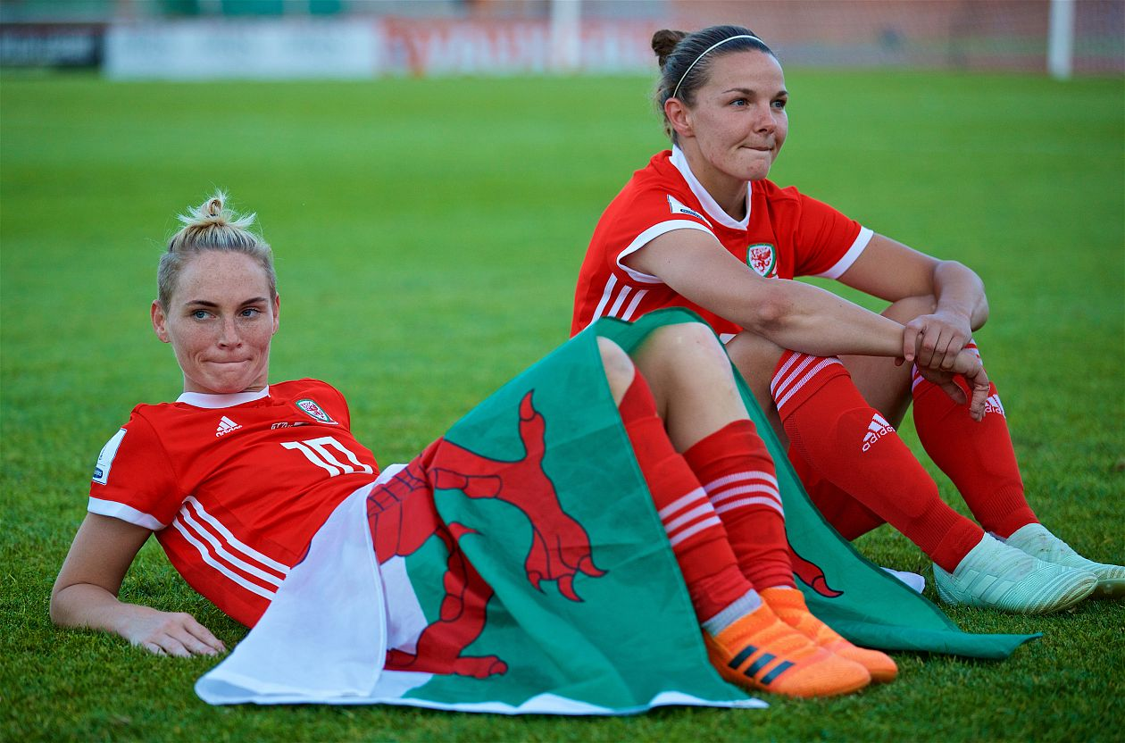Ludlow recalls Dykes and Fishlock for Italy match