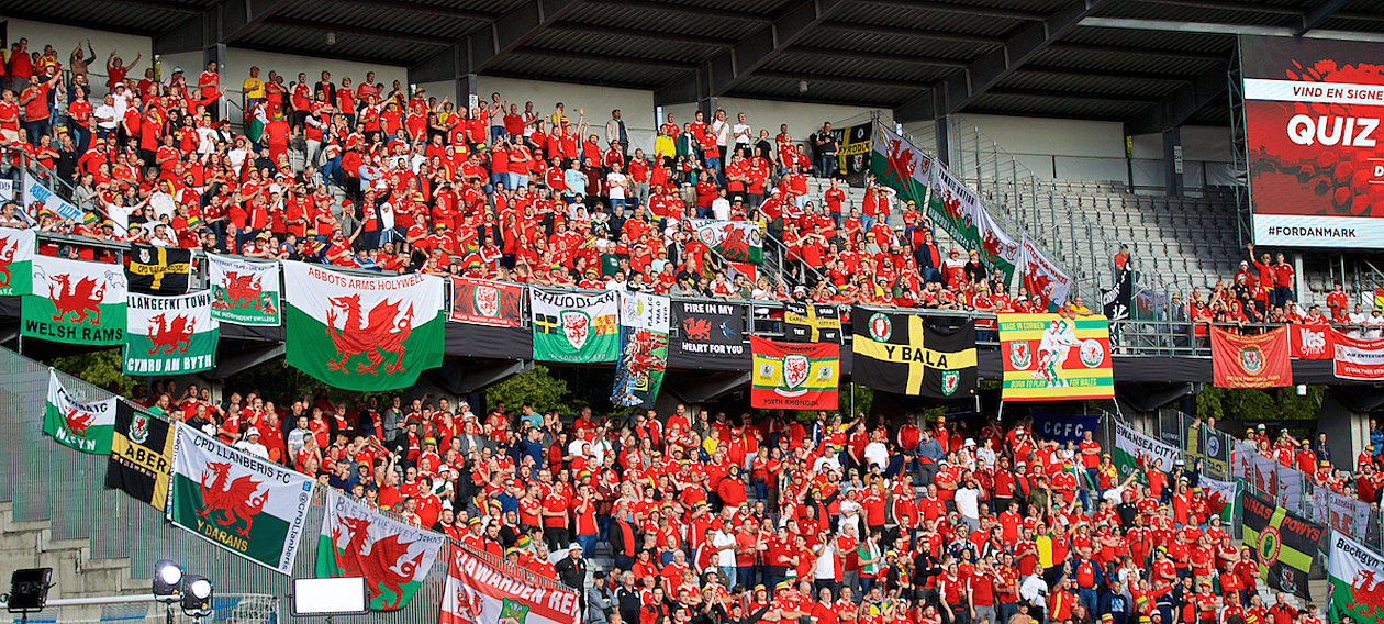 Wales Away-min.png